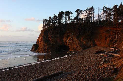 Cannon Beach A Detailed Tour Of Hug Point At Night Virtual Oregon Coast