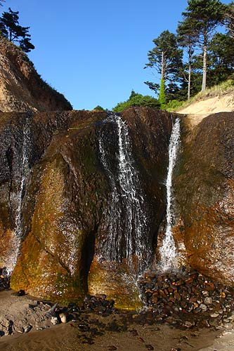 More Wild Rock Structures Paired With Lovely Sights Like This Waterfall Make Hug Point One Of The Most Special Beaches On All Oregon S Coast
