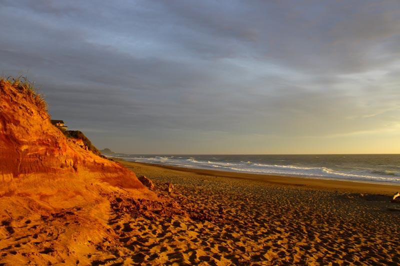 Gleneden Beach's Varied, Multi-Layered Looks: Never the Same Bit of Oregon Coast