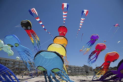 Year of the Kite at One Oregon Coast Town: Lincoln City Picks Festival Theme