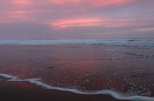 Oregon Coast Wonders, Video: When Lincoln City Glows