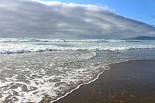 Oregon Coast A Question Often Asked By Visitors To This Sline Is Can I Swim On The Photo Above Rockaway Beach