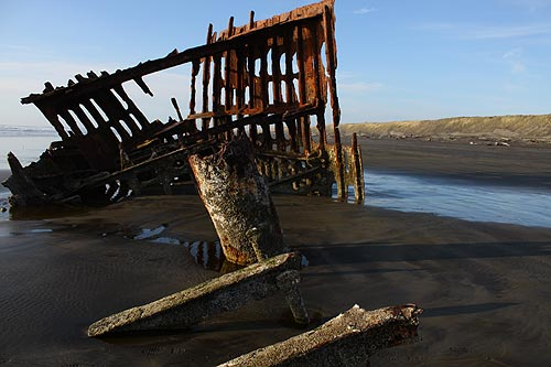 N. Oregon Coast Shipwrecks and Rivers Subjects of Events