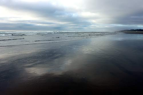 State Officials Send Out Safety, Warning Reminders for Oregon Coast